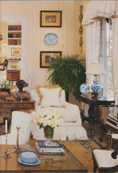 Hydrangea Hill Cottage: FF - Toby West's Ebony & Ivory