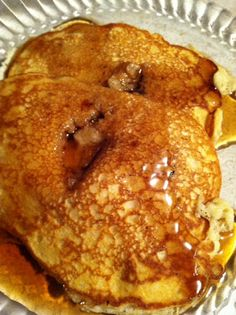 Testing Alton Brown instant pancakes…with Rumchata Rumchatta Recipes, Food Network Recipes, Cooking Recipes, Crepes And Waffles, Alton Brown, Alcohol Recipes, I Love Food, Breakfast Recipes, Breakfast Bites