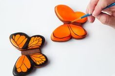 Simple butterfly cookies - cut out sugar cookies with royal icing www.thebearfootbaker.com