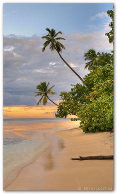 Beach Panorama II http://IslandTime.mobi