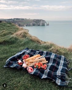 """638 Likes, 6 Comments - Provence Tours (@myprovencestory) on Instagram: """"How's about a picknick in the Normandie? Идеальный пикник with @most703 - Маша сейчас путешествует…"""""""