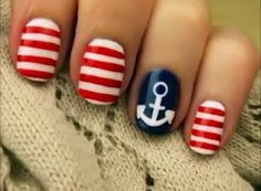 Anchor nail-art
