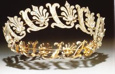 The Pakenham circlet of honeysuckle motifs of diamonds set in silver and mounted in gold. Individual elements are removable and can be used as brooches or dress ornaments.  May have been made for the widow of the 1st Baron Longford, who was elevated to the Irish title of Countess in her own right, 9 years after her husband's death in 1776.  (From Munn's Tiaras Past and Present)