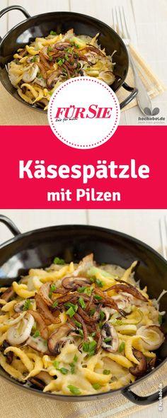 Käsespätzle mit Pilzen  #Weihnachten #Winter #Vorweihnachtszeit #Essen #Rezept #Klassiker #Kochen #herzhaft #deftig #Weihnachtsessen #Weihnachtsmenü #Hauptgang #Winterrezept #Pfannengericht #Gericht #Käse #Spätzle #Käsespätzle #Pilze #fuersiemagazin Pasta Noodles, Japchae, Paella, Healthy Lifestyle, Food Porn, Brunch, Food And Drink, Buffet, Meals