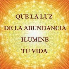 """AFIRMACIÓN DIARIA: """"YO SOY pura luz radiante y brillante en la Presencia de la Creacion Universal, con una conciencia ilimitada para crear mi Universo de Abundancia"""". #puntoenergetico8 #happy #love #pretty #life #funny #instacool #style #Iluminación #luz #vida #afirmación #prosperidad #bienestar #abundancia."""