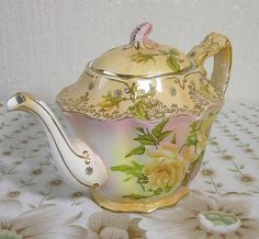 Antque Collectable Tea Pot Barker & Kent Fowley