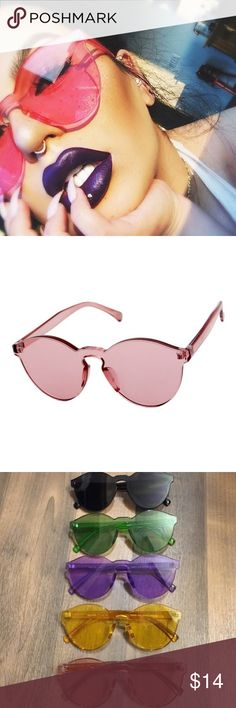 Rose Pink Lucite Clear Sunglasses Gold ▪️Brand New Sunglasses  ▫️UV Protected ▪️Ships New In a Bag W/ a Protective Box ▫️I Have Have More Colors In My Shop ▪️Unisex - Men's & Women's ▫️Priced To Sell ▪️I Offer Bundle Deals - Just Comment ▫️Cat Wayfarer Aviator Clubmaster Mirror Black Blue White Gold Rose Pink Silver Retro Mirrored Celeb Kylie Jenner Oversized Clear Readers Glasses & More Styles In My Shop ASOS Accessories Sunglasses