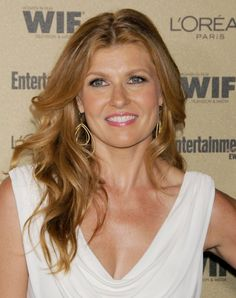 10 Times Connie Britton's Hair Was Absolutely Magical | Daily Makeover