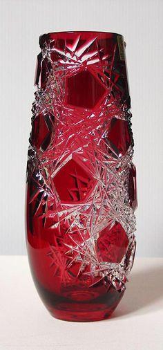 Caesar Crystal - Frost Vase - Ruby