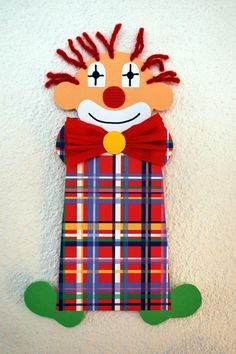 Clown basteln Clown Clinker Related posts: Can Can Black Red Small – Clown assiette en papier – un excellent bricolage pour le carnaval / carnaval Clown Crafts, Fun Crafts, Paper Crafts, Diy For Teens, Crafts For Teens, Diy For Kids, Clown Party, Carnival Themed Party, Carnival Diy