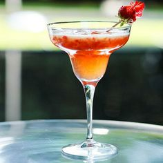 Recipe for Strawberry And Grappa Ruta Cocktail : La Cucina Italiana