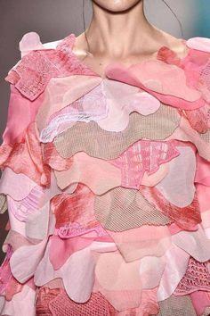 Fashion Trends – Designer Fashion Tips Uni Fashion, Summer Fashion Trends, Latest Fashion Trends, Runway Fashion, Fashion Art, High Fashion, Fashion Show, Fashion Tips, Fashion Design