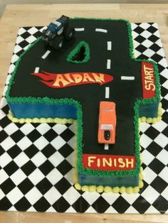 Hot Wheels cake for a Themed Birthday Cakes, 4th Birthday Parties, Birthday Ideas, Hot Wheels Cake, Hot Wheels Party, Hot Wheels Birthday, Cake Decorating, Decorating Ideas, Planes Party