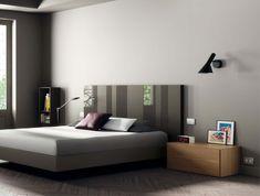 Cabezal de cristal para dormitorio de matrimonio elegante y moderno.