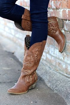 Let your inner cowgirl out in these adorable boots by Very Volatile! Perfect for pairing with dresses, kimonos, or just about anything else! Model is wearing size 7.5. Fits true to size. This product ships outside of its original box.
