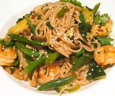 Stir fried Prawns with Soba Noodles and Greens Soba Noodles, Prawn, Stir Fry, Fries, Asian, Ethnic Recipes, Food, Meals, Yemek
