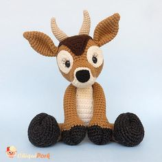 Manuela the amigurumi deer will be your very best friend! This cute crochet deer was handmade with the technical of amigurumi and is ready to ship. This deer toy pattern is designed by me. SIZE: approximately: - 24cm in length (when seated) - 32cm (from head to toe) MATERIALS: -