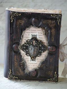 Saimba: Sneak peak at more books Beautifull little books