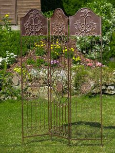 DIY Garden Trellis - Living in a house with a garden is always a dream come true for those who are into gardening. You are not just keen on planting flowers Metal Trellis, Trellis Fence, Garden Trellis, Trellis Design, Pergola, Decorative Screens, Garden Furniture, Wrought Iron, Planting Flowers