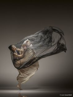 Spectacular Photos of Dancers in Motion by Lois Greenfield Photography Movement Photography, Artistic Photography, Creative Photography, Portrait Photography, Photography Classes, Photography Magazine, Image Photography, Newborn Photography, Contemporary Dance