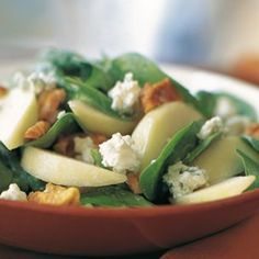Spinich, Pear, and Walnut Salad