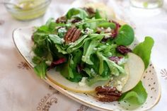 Asian Pear, Cranberry, Pecan Salad with Blue Cheese Ambrosia Vinaigrette | #Thanksgiving #salad #pear #salads #cranberries #pecans #blue_cheese #Thanksgiving #Christmas
