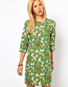 Green paisley shift dress.