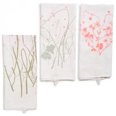 maintaining the artisanal craft of hand silkscreen printing, nature-inspired designs are transferred onto pure, washed linen textiles. each is made with care in Maison Georgette's Paris studio. heart, grass, and herb designs sold online.
