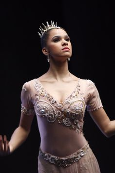 Ballet Fans, Get Excited — Misty Copeland Will Dance in Disney's Nutcracker Movie! American Ballet Theatre, Ballet Theater, Black Dancers, Ballet Dancers, Nutcracker Movie, Isabella Boylston, La Bayadere, Black Ballerina, Ballerina Body