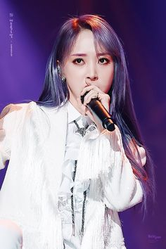Mamamoo Moonbyul, Kpop Aesthetic, Jonghyun, Stars And Moon, Girl Crushes, Boy Groups, Asian Girl, Beauty, Twitter