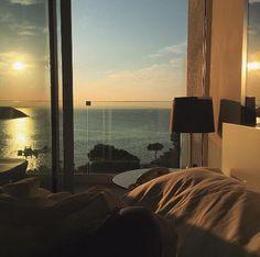 aesthetic sunset dream rooms sunrise objects views angels window quarto janela casa uploaded vsco landscape 80k salvo