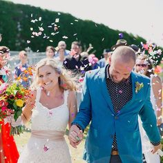 Confetti-filled wedding goodness in Hahei, Coromandel   #jelphotography #aucklandphotographer alternative wedding photographer