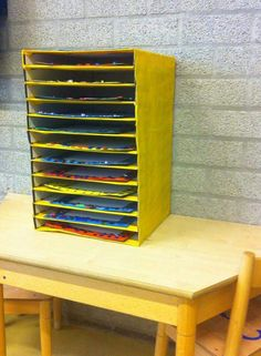 Droogtoren van pizza dozen. Met dank aan Phia Terlien via Facebook, kleuter wereld