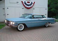 1960 Oldsmobile Eighty-Eight Super 88 4-Door Hardtop