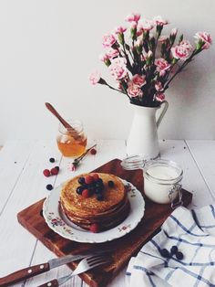 breakfast / photo by Sophie Sherova