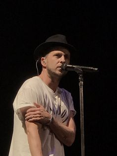 Ryan Tedder 1R