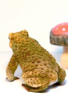 Needle Felted Toad Felted Toad Sculpture Life by YvonnesWorkshop