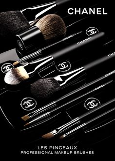 Chanel makeup brushes