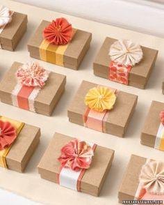 yo-yo fabric flower bows for favors