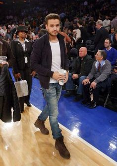 Liam Payne with literally the most attractive and appealing heights / tallness