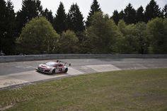 """Série """"From Heaven To Green Hell"""" chega ao fim com a realização das 24 Horas de Nurburgring."""