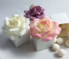 Roses Favour Boxes http://www.ebay.co.uk/ulk/itm/252286529307