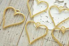 4 pcs Heart Open Bezel Charm (9mm25mm) Top loop AZ415 by Candydecoholic on Etsy