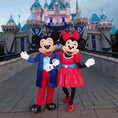New Disneyland 60th Anniversary Diamond Mickey & Minnie Mouse 15 ...