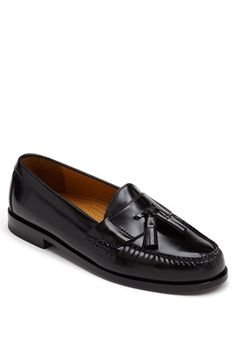 Free shipping and returns on Cole Haan 'Pinch' Tassel Loafer (Men) at Nordstrom.com. A beautifully crafted leather classic. Genuine moccasin construction with memory flex cushioning lends comfort and support.