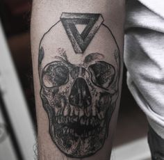Skull tattoo #tattoo #design #idea #ideas #arm