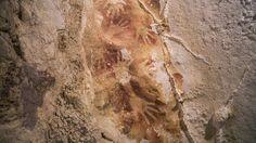 Nejstarší umělci historie se kromě zobrazování zvířat vyžívali v otiscích svých rukou