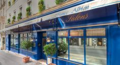 Hotel France Albion Paris The France Albion is a 24-hour reception hotel with free WiFi and luggage storage. It is located a 10-minute walk from the Galeries Lafayettes Shopping Centre and from Opera Garnier.