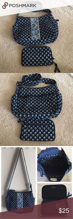 """Vera Bradley bag and matching card holder wallet The bag is in great condition no rips nor stains, it might look little faded ( see last picture) but I don't thinks is that noticeable! The card holder is like new! The bag measures approx 12""""x9"""" 💕💕💕 Vera Bradley Bags Shoulder Bags"""