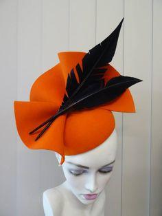 163 - How To Make Hats Millinery Classes Millinery Hats, Fascinator Hats, Fascinators, Headpieces, Fancy Hats, Cool Hats, Big Hats, British Hats, Philip Treacy Hats